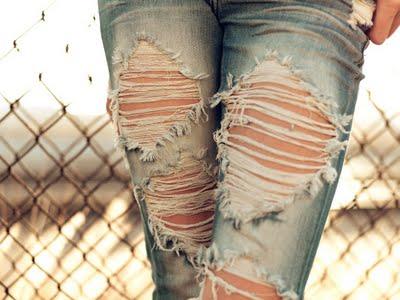 Cass Bird Ripped jeans